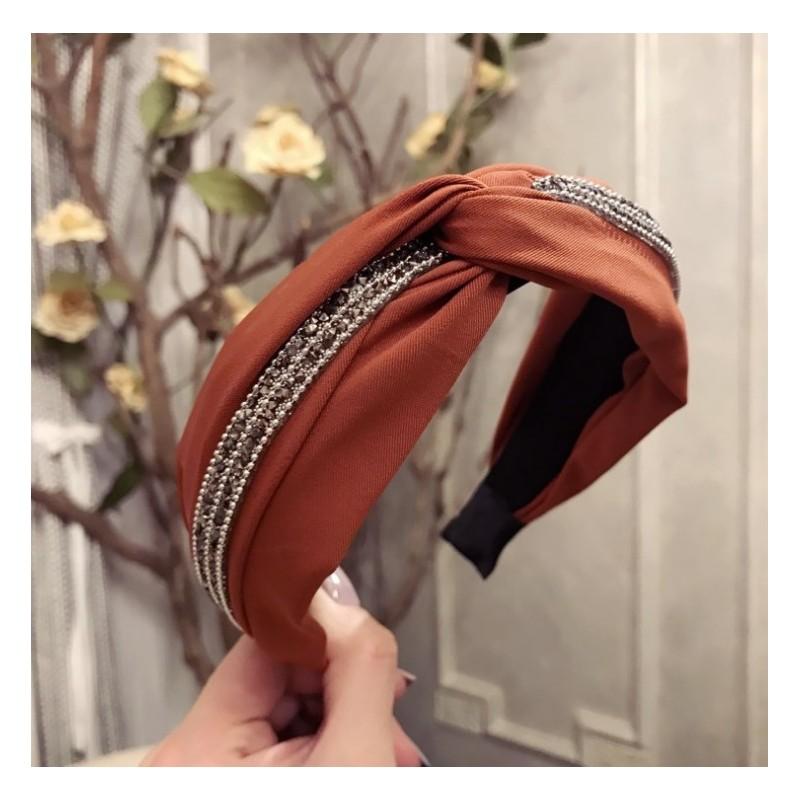 Opaska turban z materiału z kryształkami i perełkami pomarańczowa O211POM