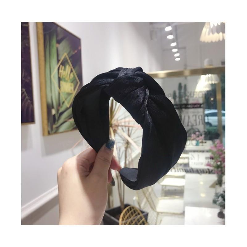 Opaska turban z materiału satyna czerń O221CZ