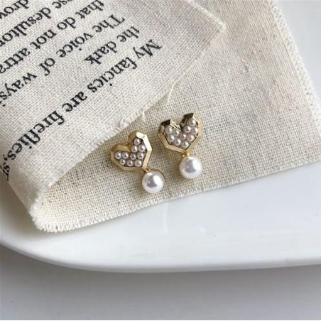 Kolczyki złote przy uchu K1276