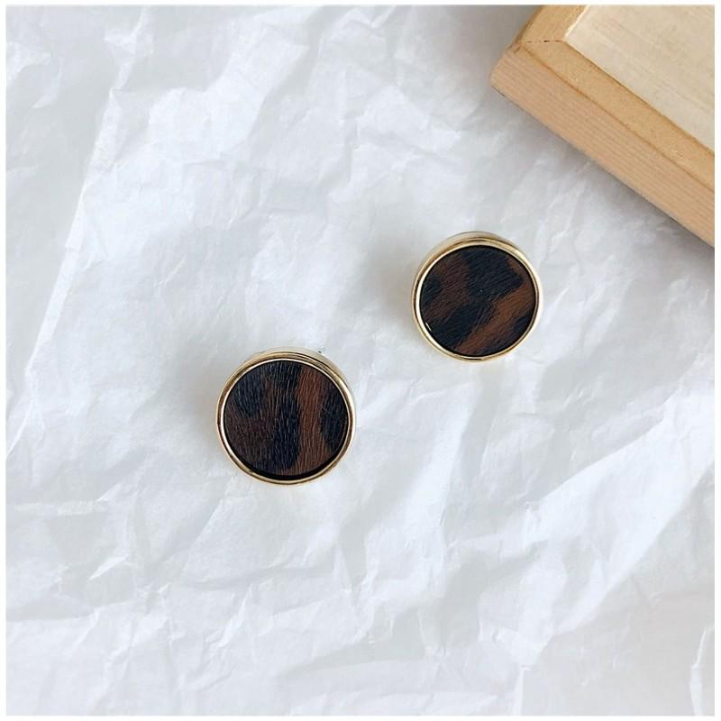 Kolczyki złote przy uchu K1280BR