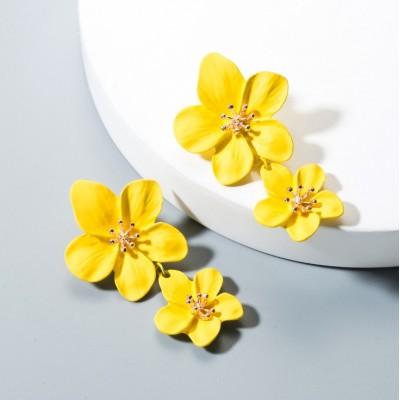 Kolczyki przy uchu Kwiaty...