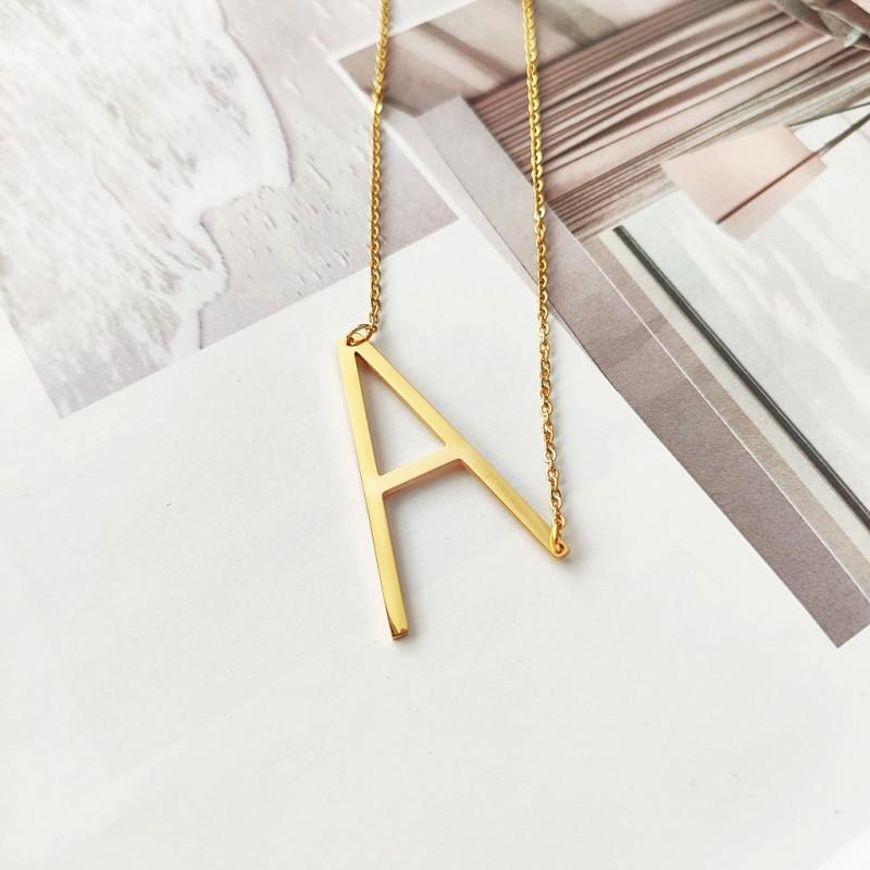 Naszyjnik stal chirurgiczna literka A platerowana złotem NST995A