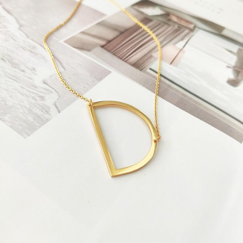 Naszyjnik stal chirurgiczna literka D platerowana złotem NST995D