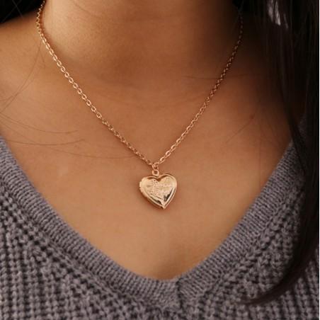Naszyjnik delikatny wiszące serce N722