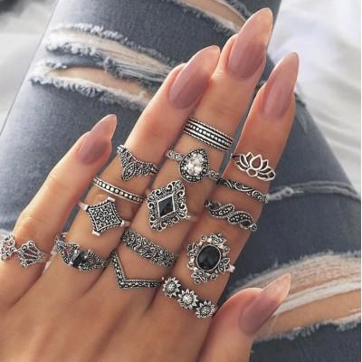 Zestaw 15 pierścionków...