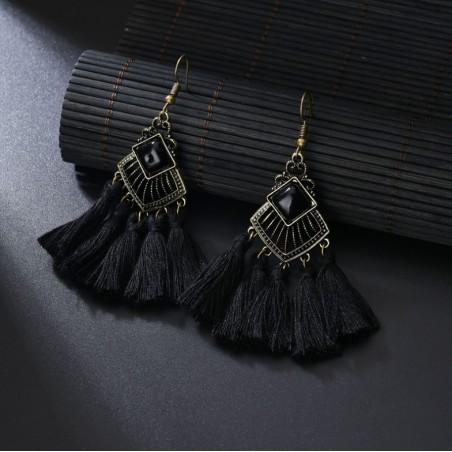 Kolczyki chwosty czarne K963