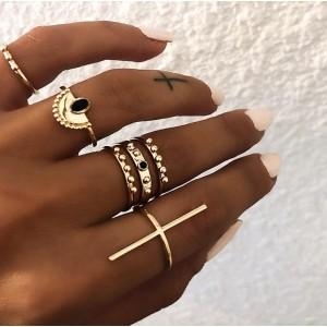 Zestaw 6 pierścionków złote...