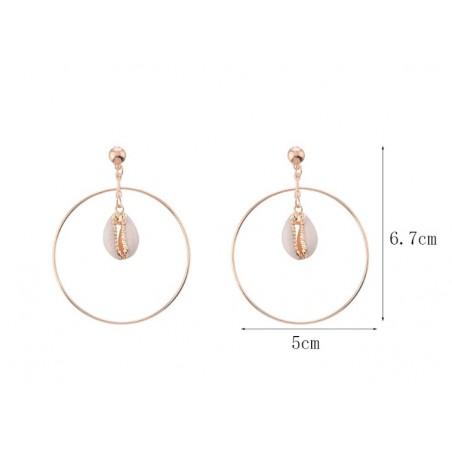 Kolczyki wiszące z muszelką złote  K1081B